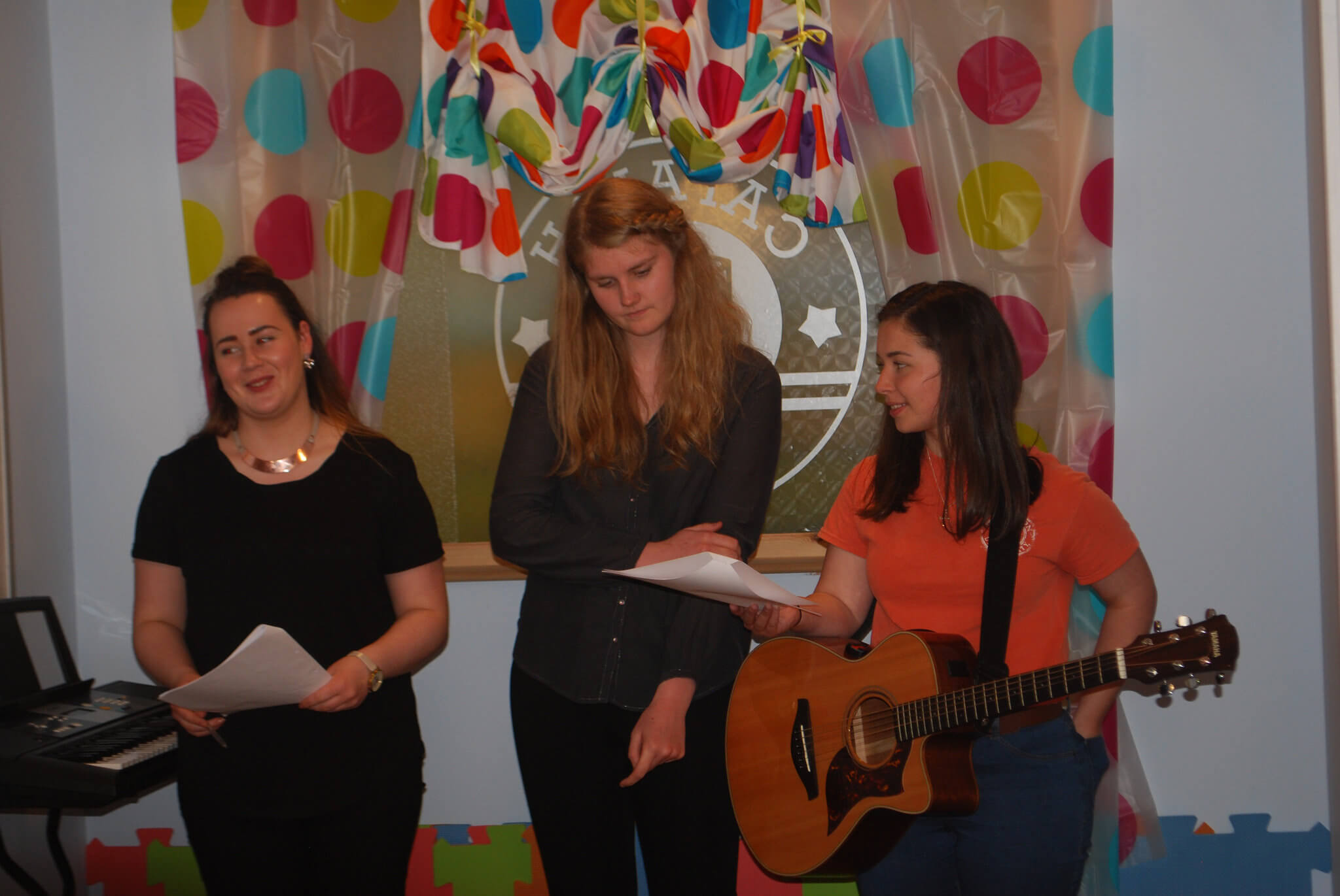 Go!Gaelic singers